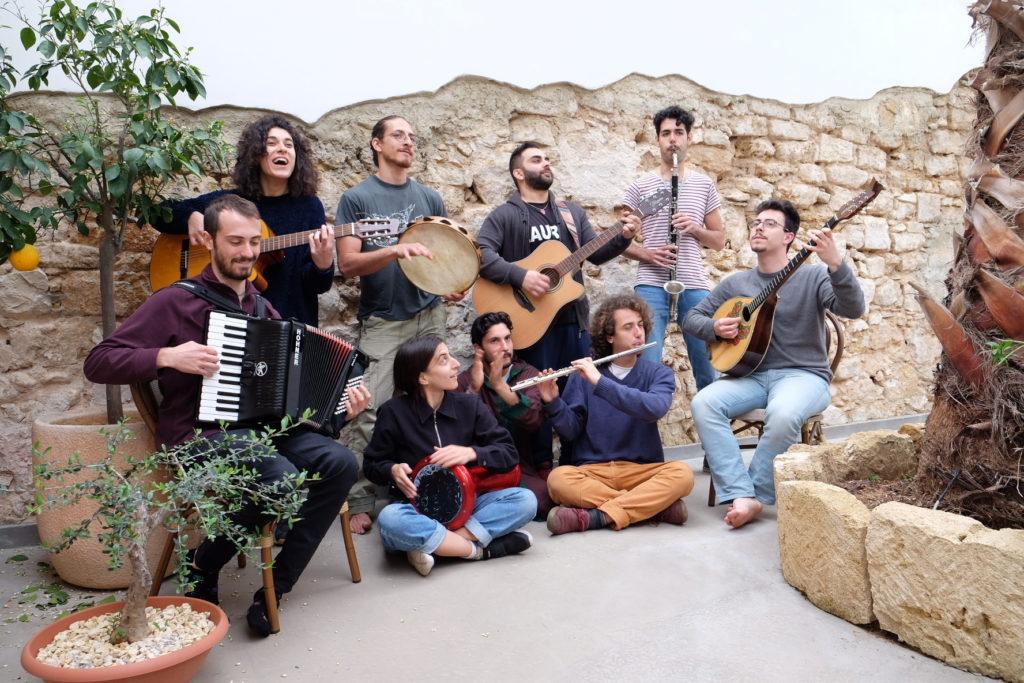 Jacaranda foto giornale Avola